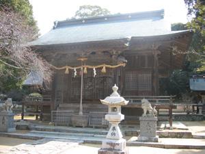龍王神社拝殿