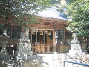 生野神社拝殿